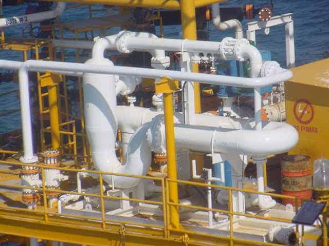 2-phase SR multiphase test separator offshore
